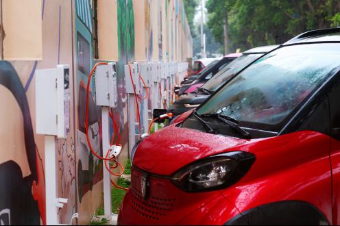 """【新闻稿】""""家庭第二辆车""""成功俘获用户 新能源汽车个人市场潜力巨大284"""