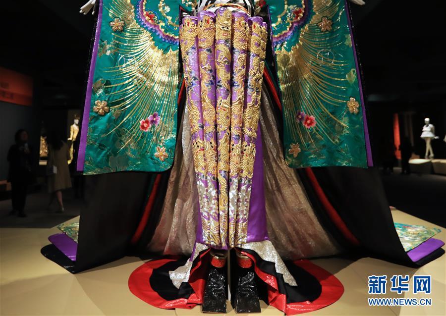 (國際·圖文互動)(1)專訪:中國文化是我的藝術創作之源——訪中國著名時裝設計師郭培