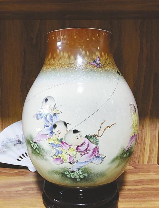 【聚焦济南艺博会】心中有故事 笔尖绘时光 黄加全陶瓷艺术精品将亮相艺博会