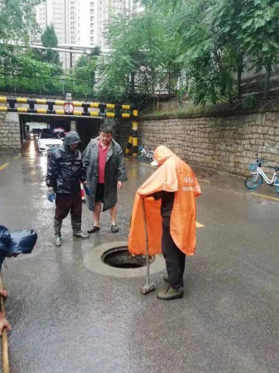 保障人民群众生命安全  天桥区防指成员奋战台风一线