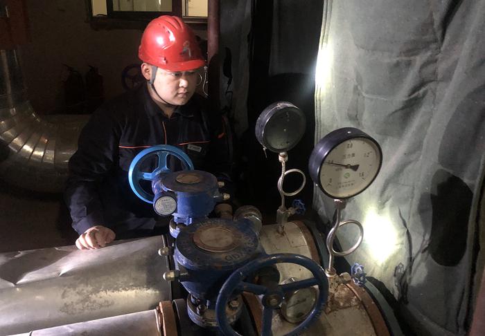 济南东部城区开始冷运行 热力集团提醒:留意观察家中设备