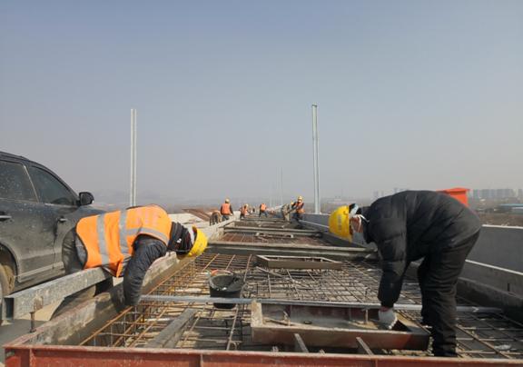鲁南高铁菏泽-兰考段、潍莱高铁等重点项目已陆续复工